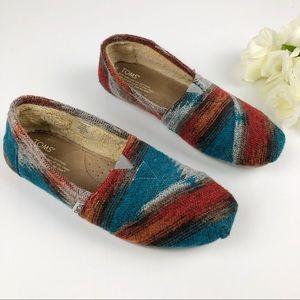 TOMS Fleece Lined Tribal Wool Slip On Flats Sz 8.5